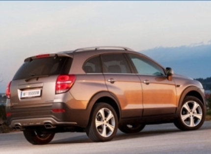 Chevrolet_captiva_suv_5_door_2013__2_